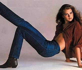 Gloria Vanderbilt Strait Leg Jean